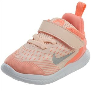 Nike GIrls' Toddler Free Run 2018